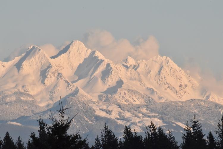 fresh-snow-on-mountains