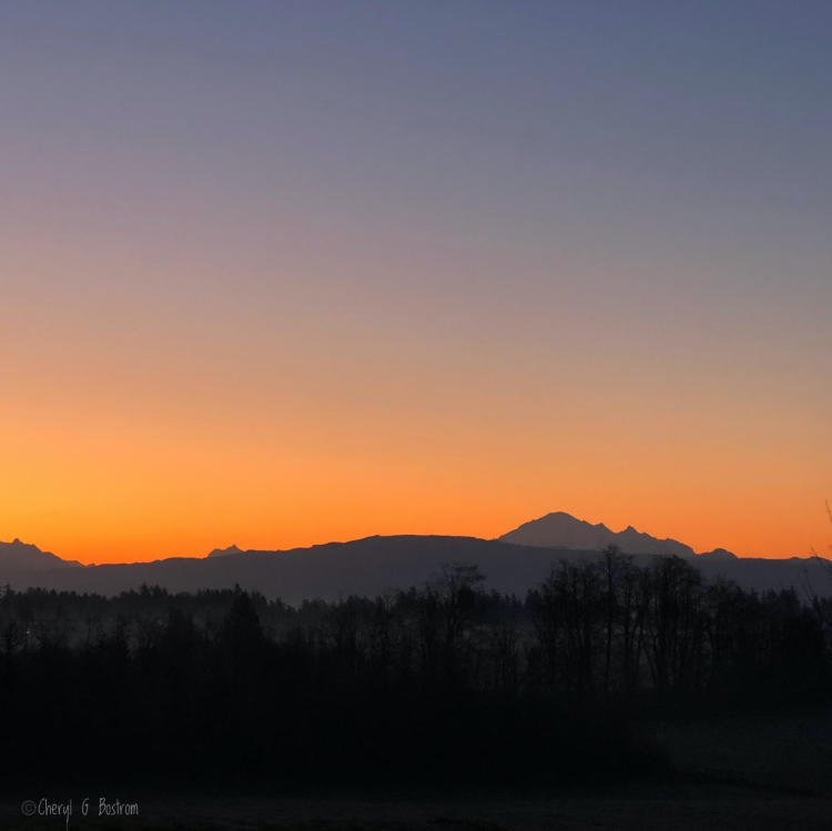 Orange-Mt-Baker-sunrise
