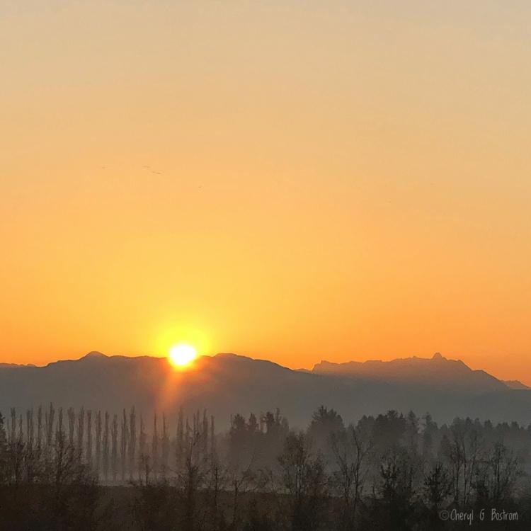 Sunrise-over-mountains